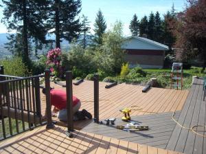 building an aluminum deck